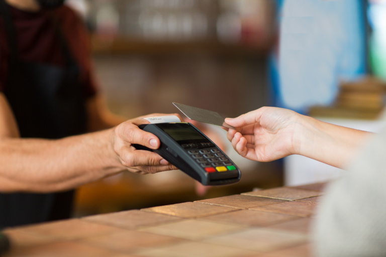 A growing number of cities say no to cashless stores