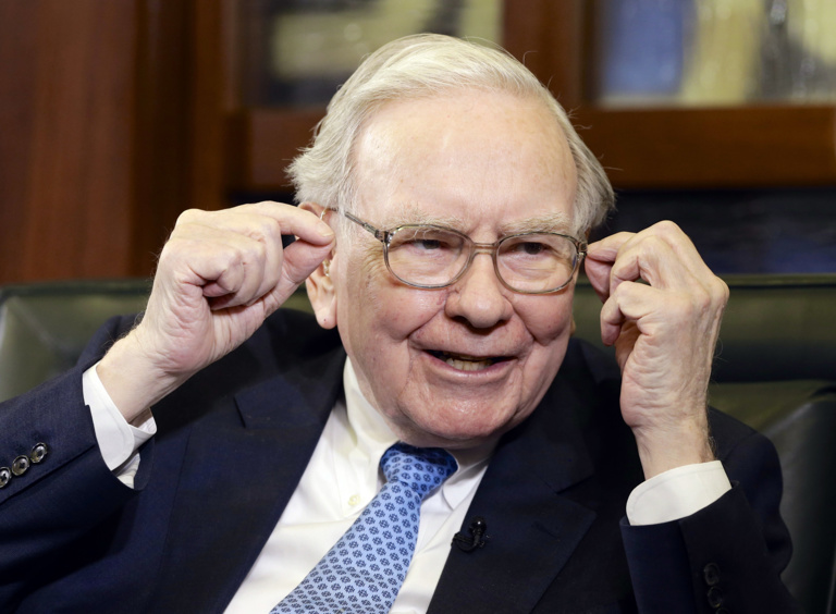 Warren Buffet votes for cash and freedom