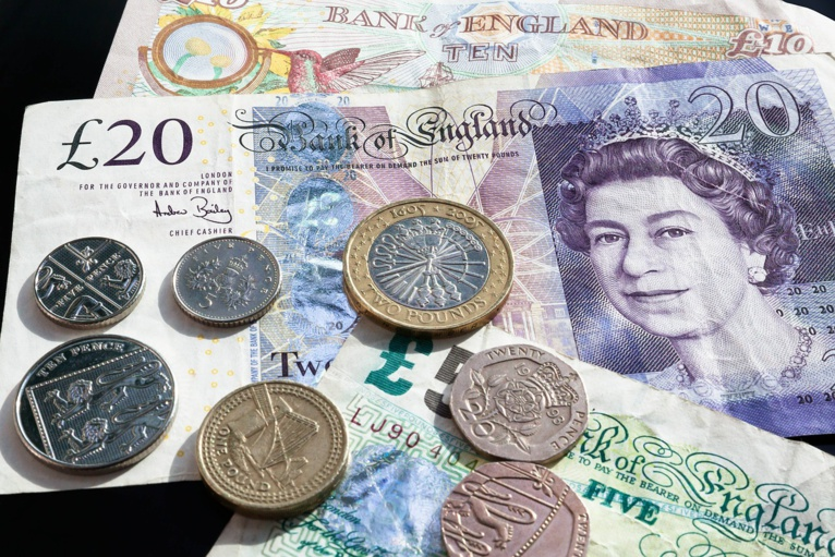 UK initiatives to keep access to cash