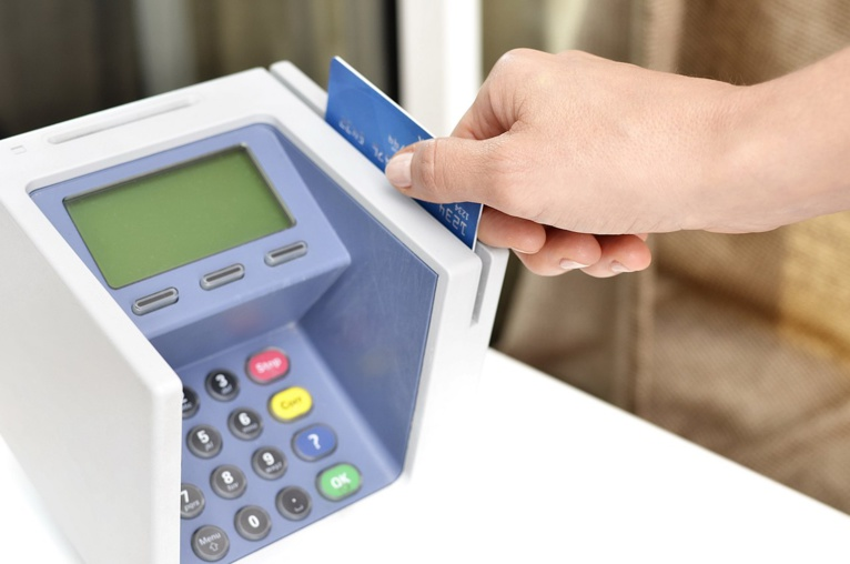 Cashless Debate: the pros and cons agree on the risk of privacy