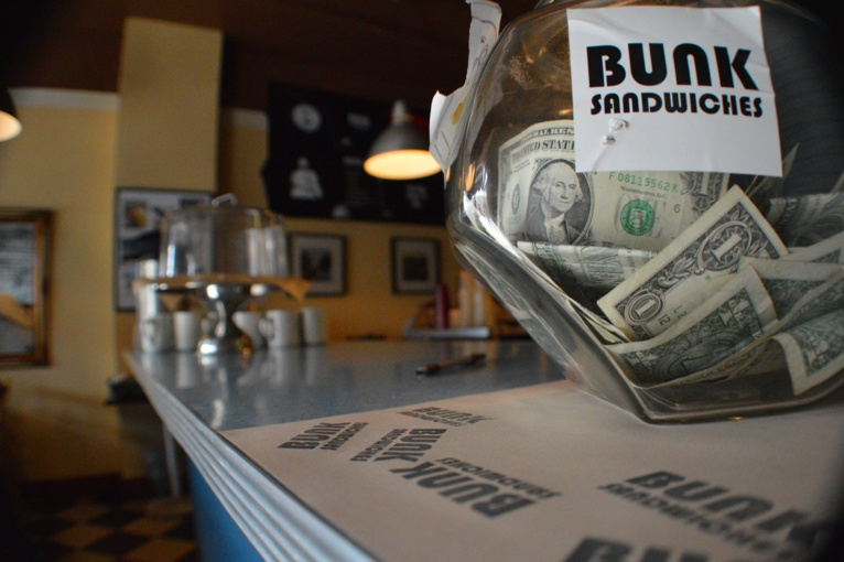 How Tips Suffer from Cashless Economy