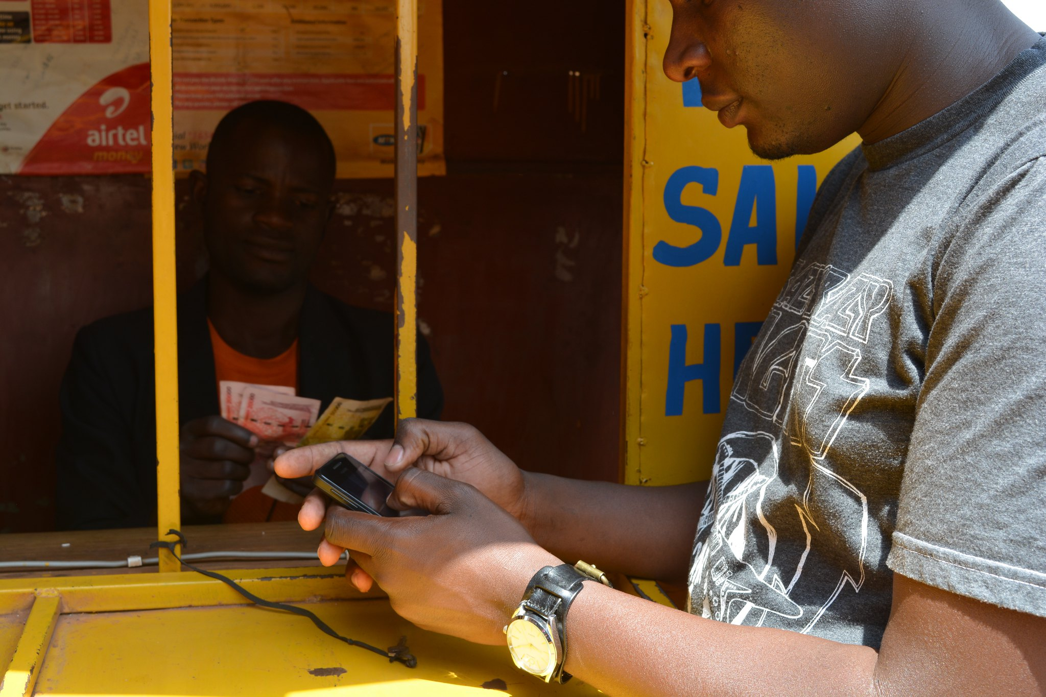 Why jumping to a cashless society is wrong