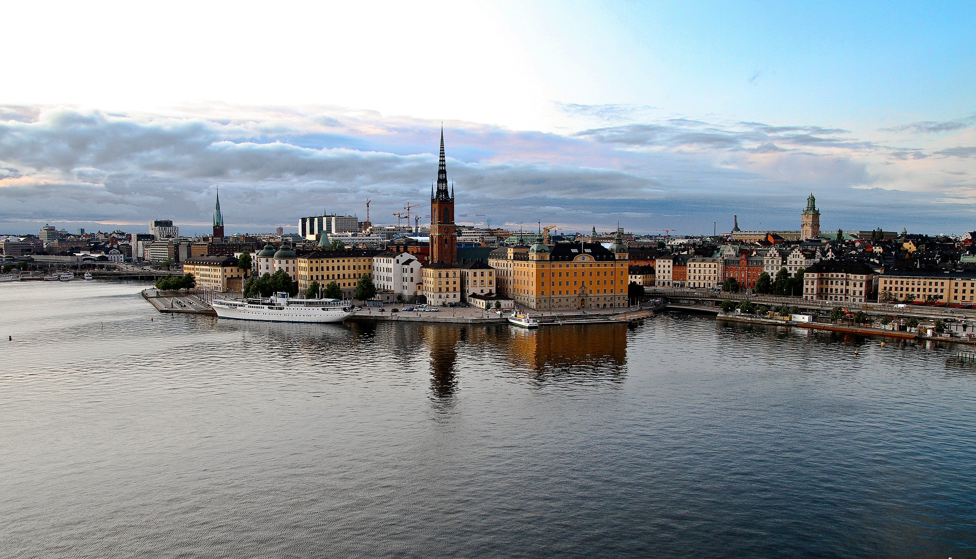 Access to cash: Sweden is thinking twice about all cashless