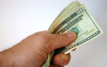Seven reasons why one's should always carry cash